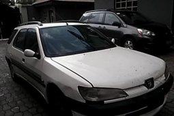 Neat Nigerian used Peugeot 306 1998