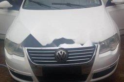 Clean Foreign used Volkswagen Passat 2007