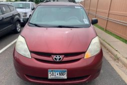 Foreign Used Toyota Sienna 2006 Model Red