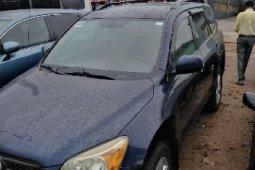 Properly maintained Nigerian used  Toyota RAV4 2006