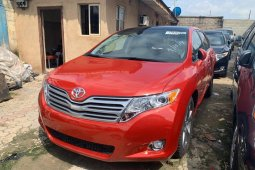 Tokunbo Toyota Venza 2011 Model Red