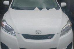 Tokunbo Toyota Matrix 2009 Model White