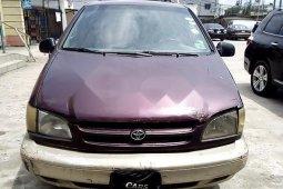 Nigerian Used Toyota Sienna 2000 for sale