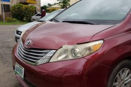 Nigeria Used Toyota Sienna 2011 Model Red