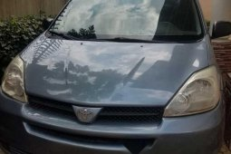 Foreign Used Toyota Sienna 20005 Model