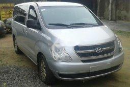 Tokunbo Hyundai H1 2009 Model Silver