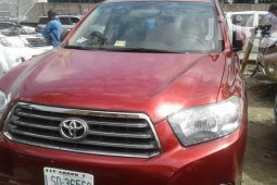 Nigeria Used Toyota Highlander 2008 Model Red