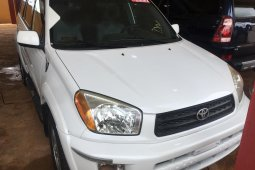 Super Clean Foreign used 2003 Toyota RAV4