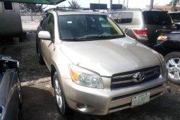 Properly maintained Nigerian used 2006 Toyota RAV4