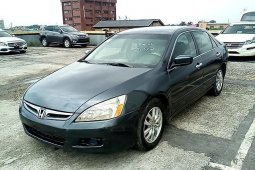Neat Nigerian used 2006 Honda Accord