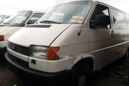 Very Sharp Tokunbo 1999 Volkswagen Transporter
