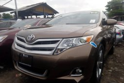 Super Clean Foreign used Toyota Venza 2010
