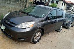 Nigerian Used 2008 Toyota Sienna Automatic