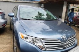 Clean Foreign used Toyota Venza 2010
