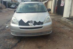 Very Clean Foreign used 2005 Toyota Sienna