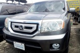 Very Sharp Tokunbo Honda Pilot 2010