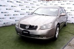 Very Clean Nigerian used 2006 Nissan Altima
