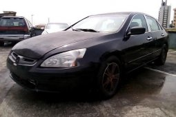 Neat Nigerian used Honda Accord 2003