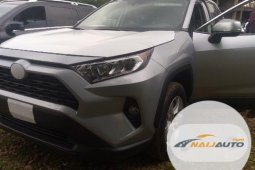 New Toyota RAV4 XLE AWD 2019 Model Silver