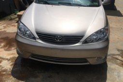 Foreign Used Toyota Camry 2005 Model Gold