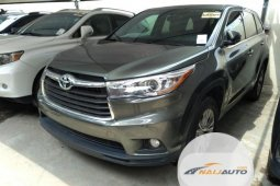 Foreign Used Toyota Highlander 2015 Model Green