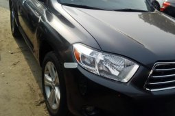 Foreign Used 2010 Toyota Highlander for sale in Lagos