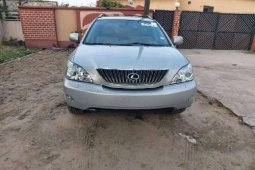 Extremely Neat Foreign used 2004 Lexus RX