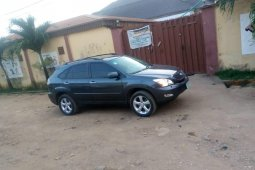 Well Maintained Nigerian used 2005 Lexus RX
