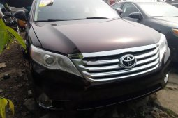 Very Clean Foreign used Toyota Avalon 2011