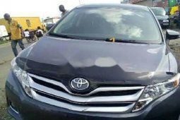 Very Clean Foreign used Toyota Venza 2013