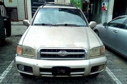 Nigeria Used Nissan Pathfinder 2001 Model Gold