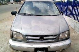 Nigeria Used Toyota Sienna 1999 Model Gray