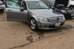 Very Clean Nigerian used Mercedes-Benz C350 2010