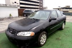 Neat Nigerian used Nissan Sentra 2002