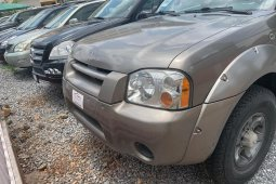 Clean Foreign used Nissan Frontier 2004