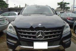 Neat Nigerian used 2013 Mercedes-Benz ML350