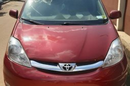Foreign Used Toyota Sienna 2009 Model Red
