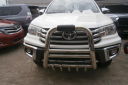 Very Clean Foreign used 2016 Toyota Hilux