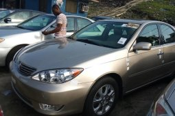 Very Clean Foreign used 2006 Toyota Camry