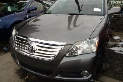 Foreign Used Toyota Avalon 2007 Model Gold