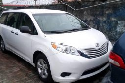 Very Clean Foreign used Toyota Sienna 2011