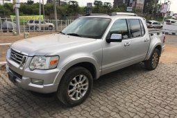 Extremely Neat Foreign used Ford Explorer 2007