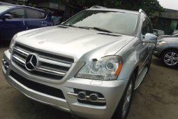 Tokunbo Mercedes-Benz GL-Class 2010 Model Silver