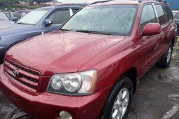 Neat Foreign used 2003 Toyota Highlander