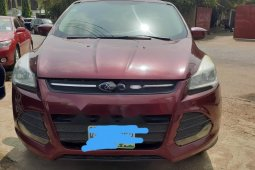 Neat Nigerian used Ford Escape 2013