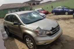 Nigeria Used Honda CR-V 2009 Model Gold