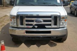 Foreign Used Ford Econoline 2009 Model White