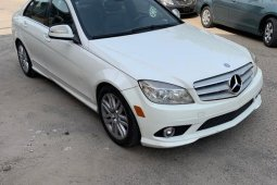 Foreign Used Mercedes-Benz C300 2009 Model White