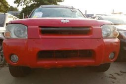 Foreign Used Nissan Frontier 2004 Model Red