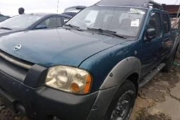 Foreign Used Nissan Frontier 2004 Model Blue